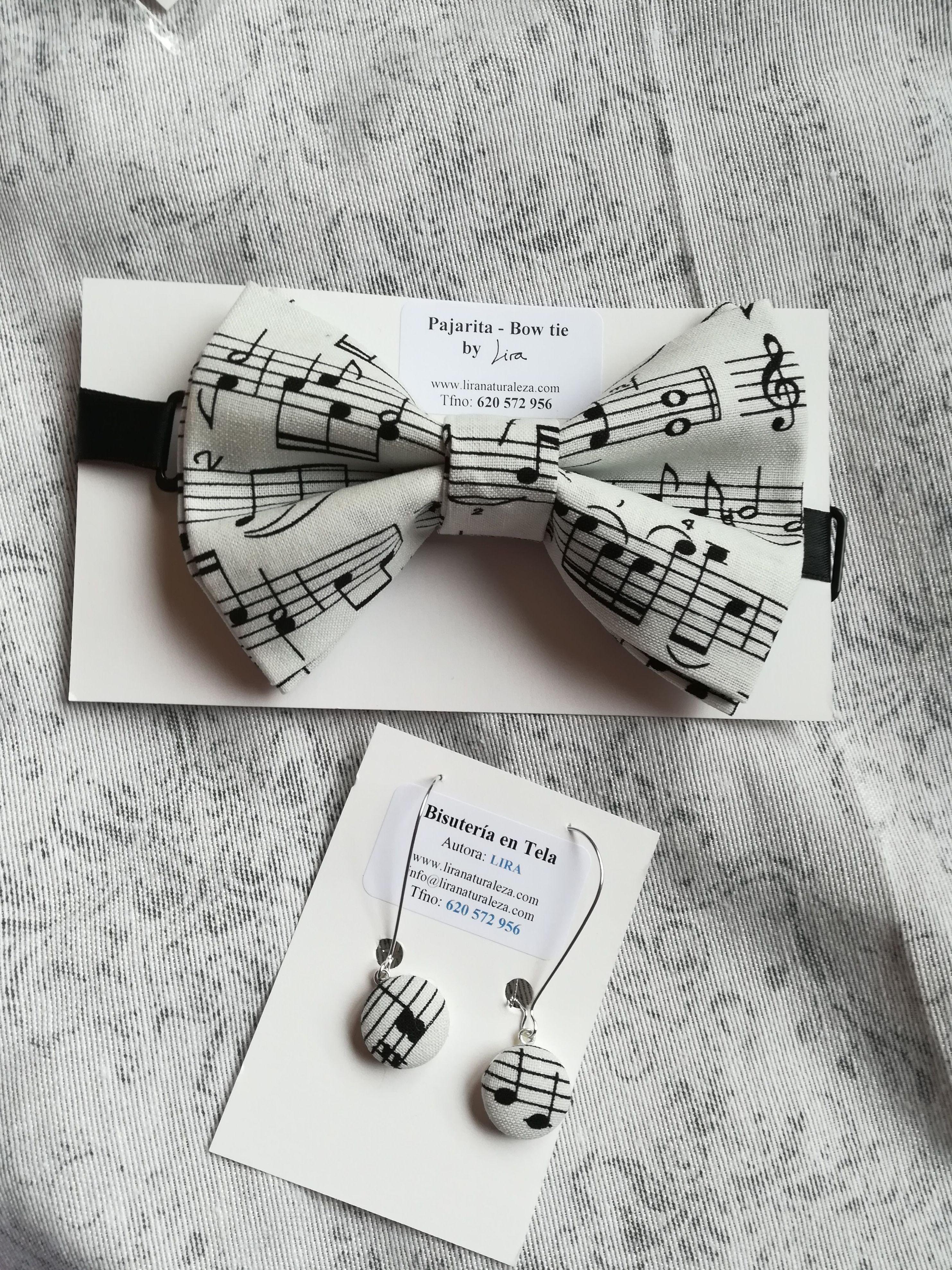 Viva la Música!: Pajarita de caballero y pendientes de Lira con tela de partitura musical.