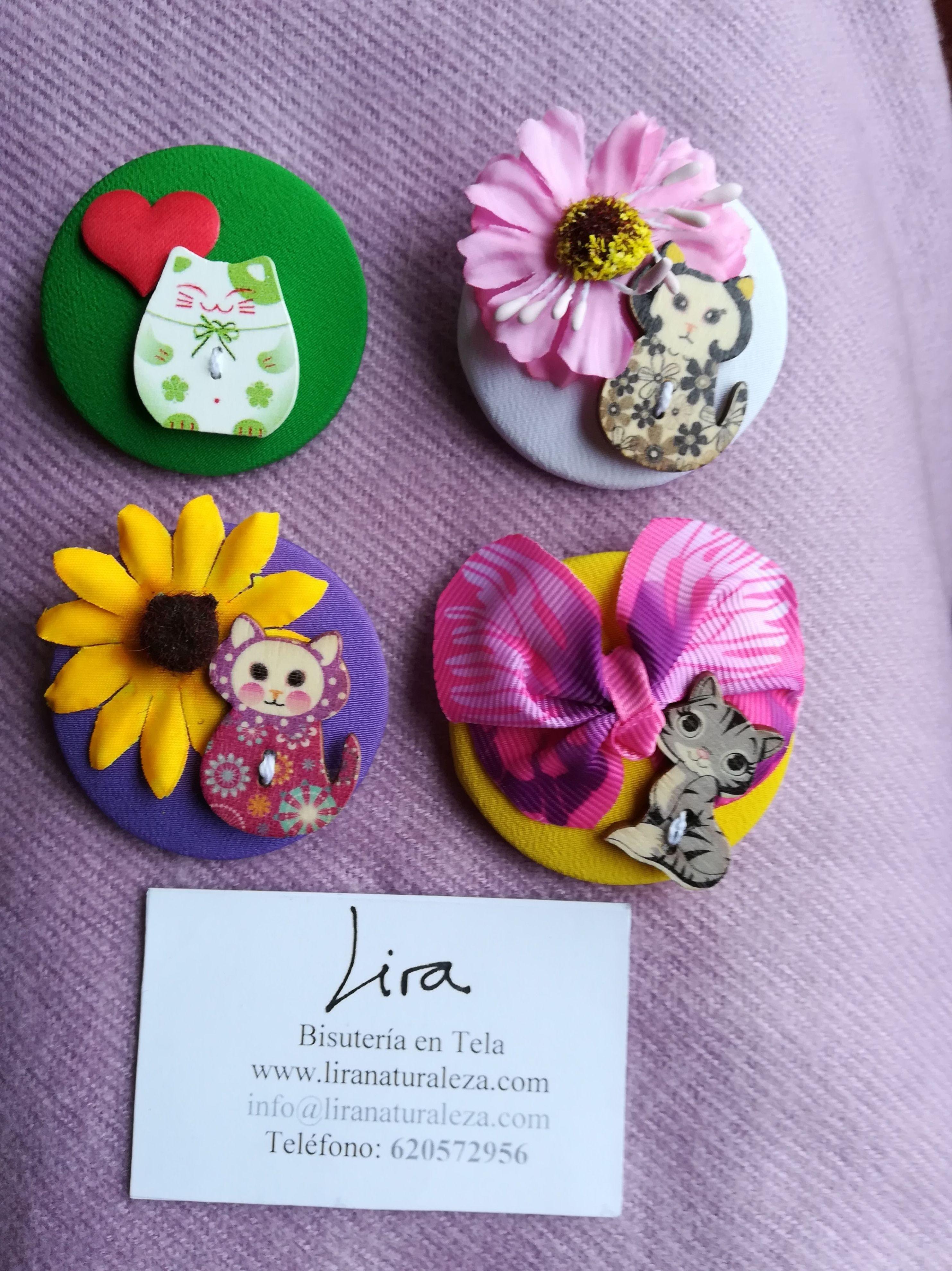 Broches para las personas amantes de los gatos: de BIsutería en tela de Lira