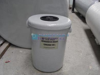 Complementos: Servicios y Productos de Poliéster Luis Pino