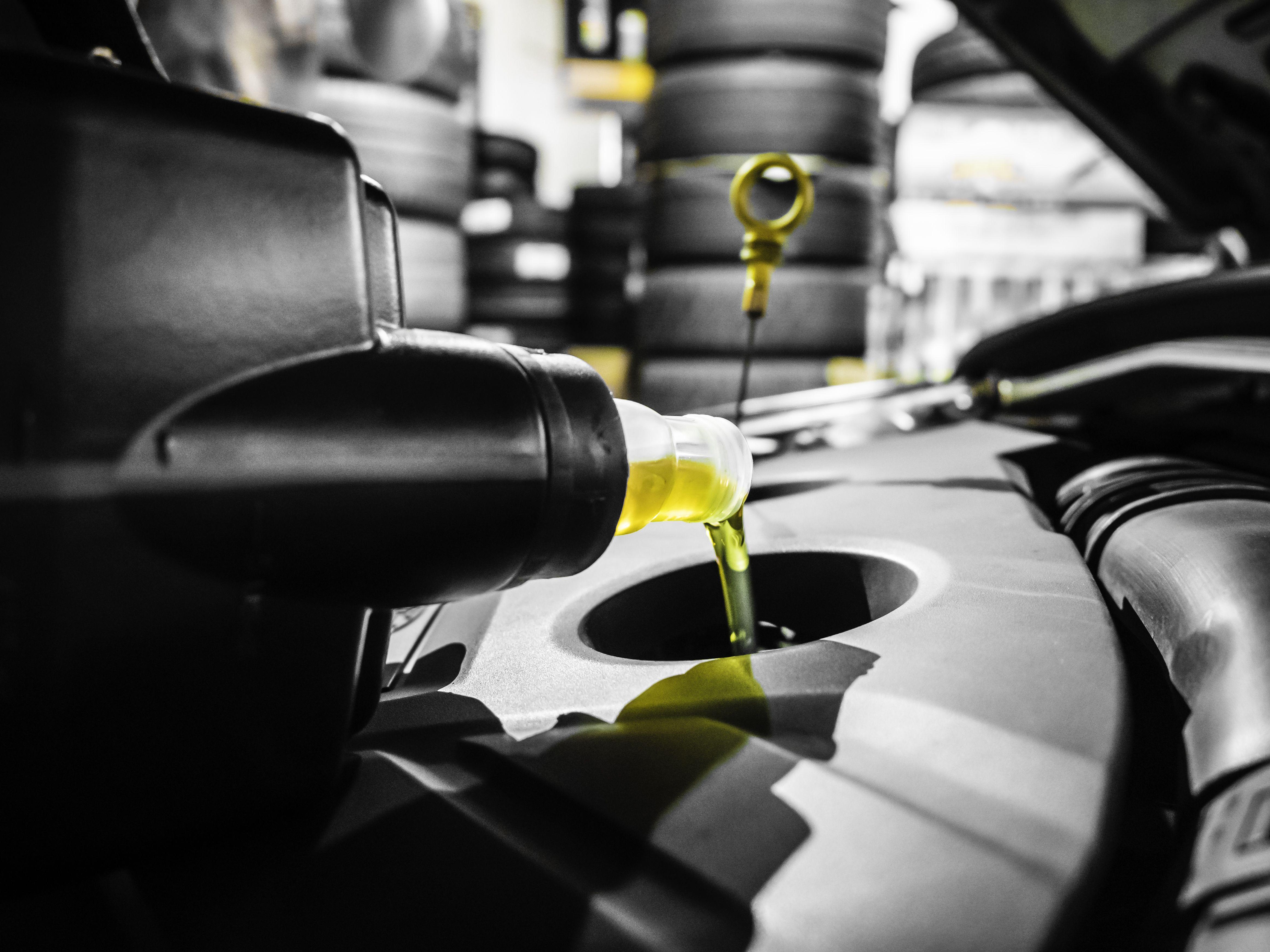 Cambio de aceite: Servicios de Talleres Magdauto