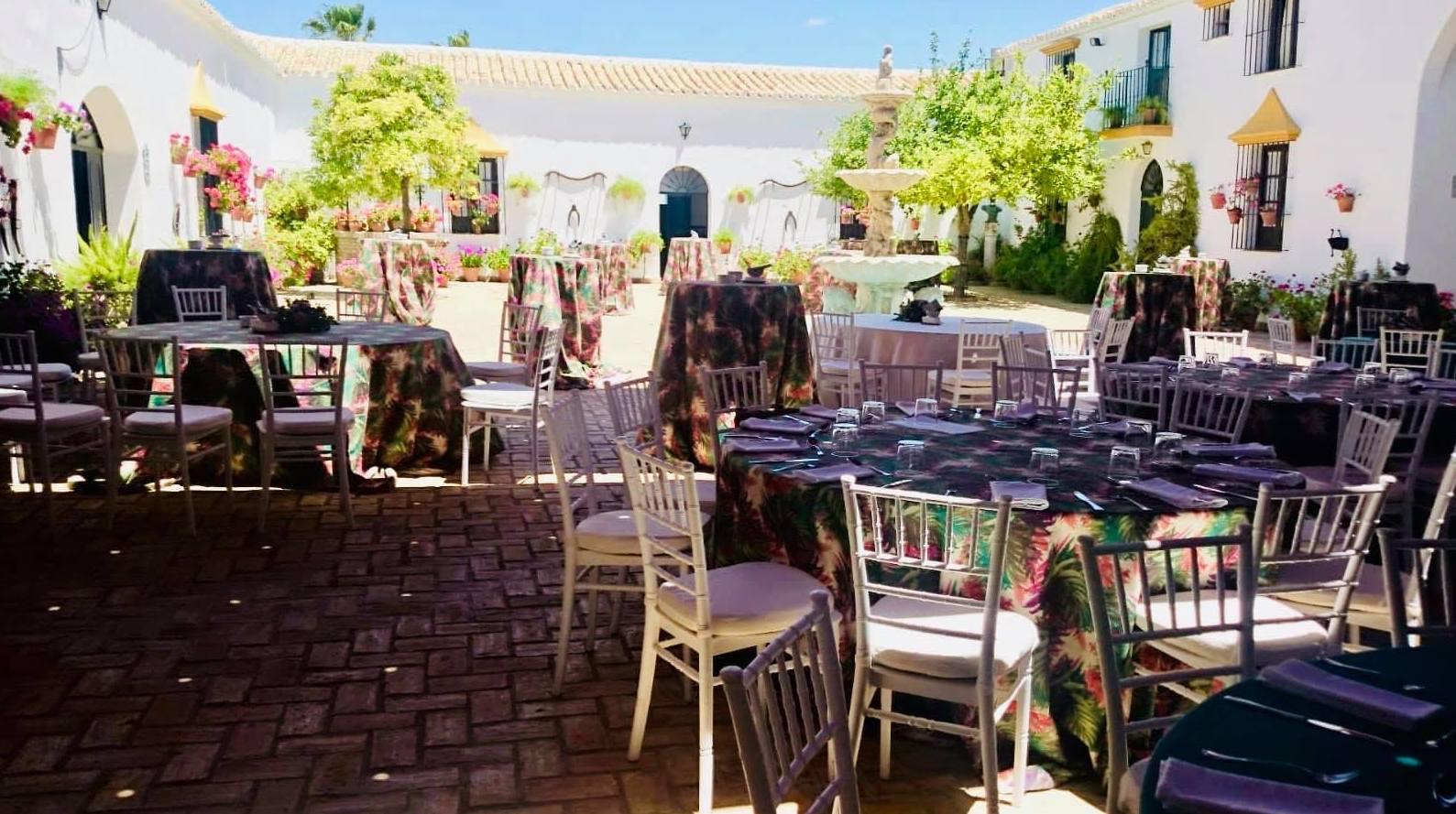 Foto 7 de Celebración de bodas en Alcalá de Guadaíra | Hacienda Mendieta