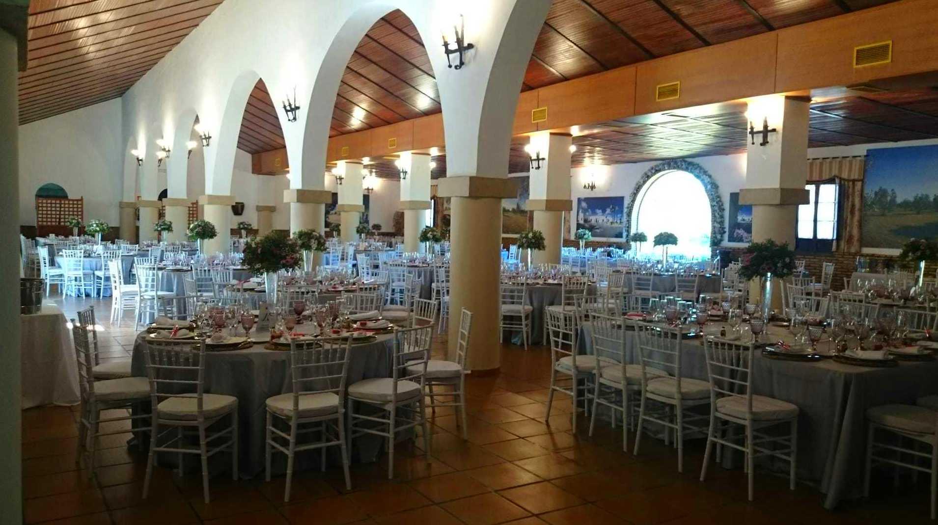 Foto 10 de Celebración de bodas en Alcalá de Guadaíra | Hacienda Mendieta