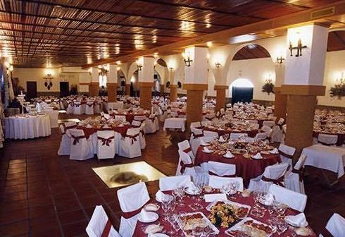 Salón principal: Servicios de Hacienda Mendieta