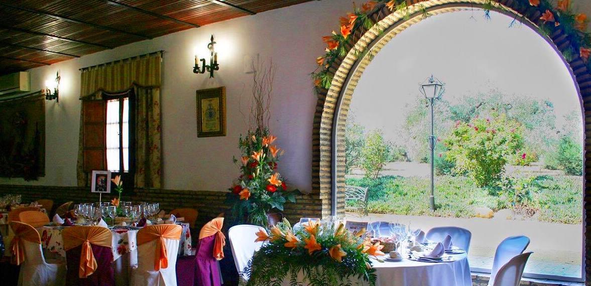 Foto 38 de Celebración de bodas en Alcalá de Guadaíra | Hacienda Mendieta