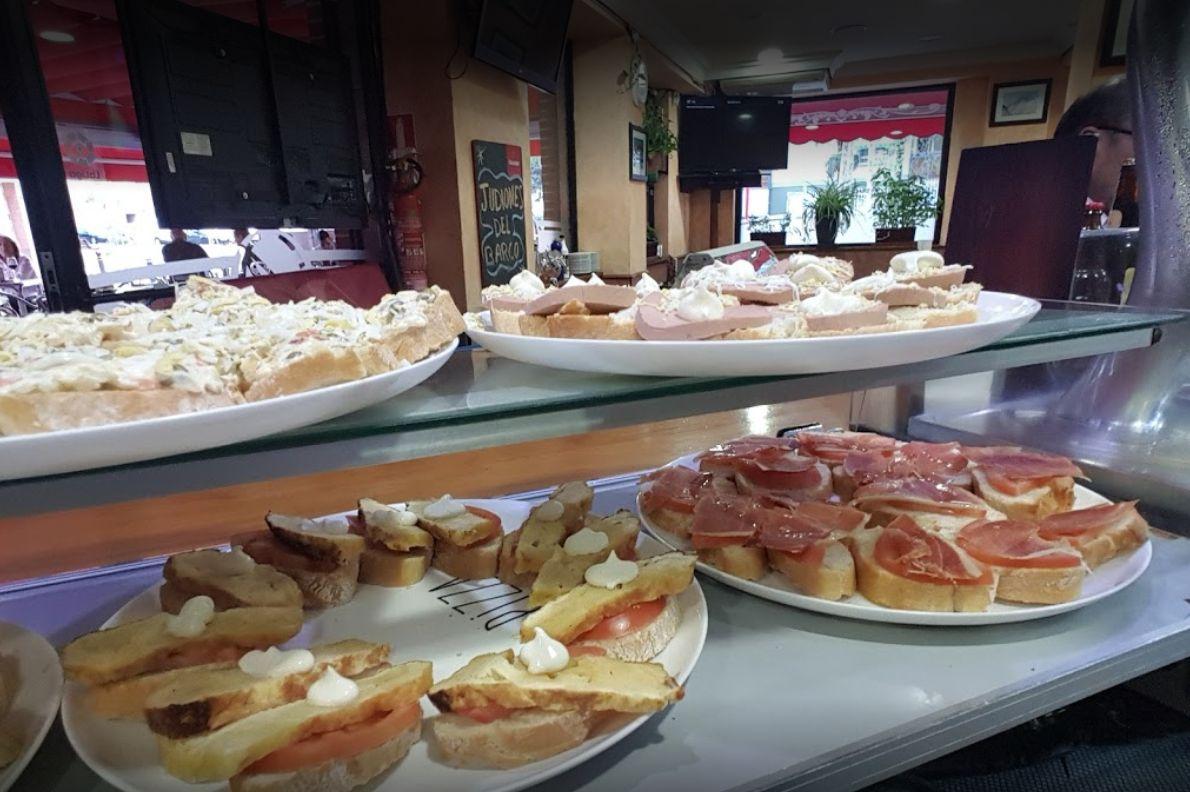 ¡Ven a comer con nosotros!