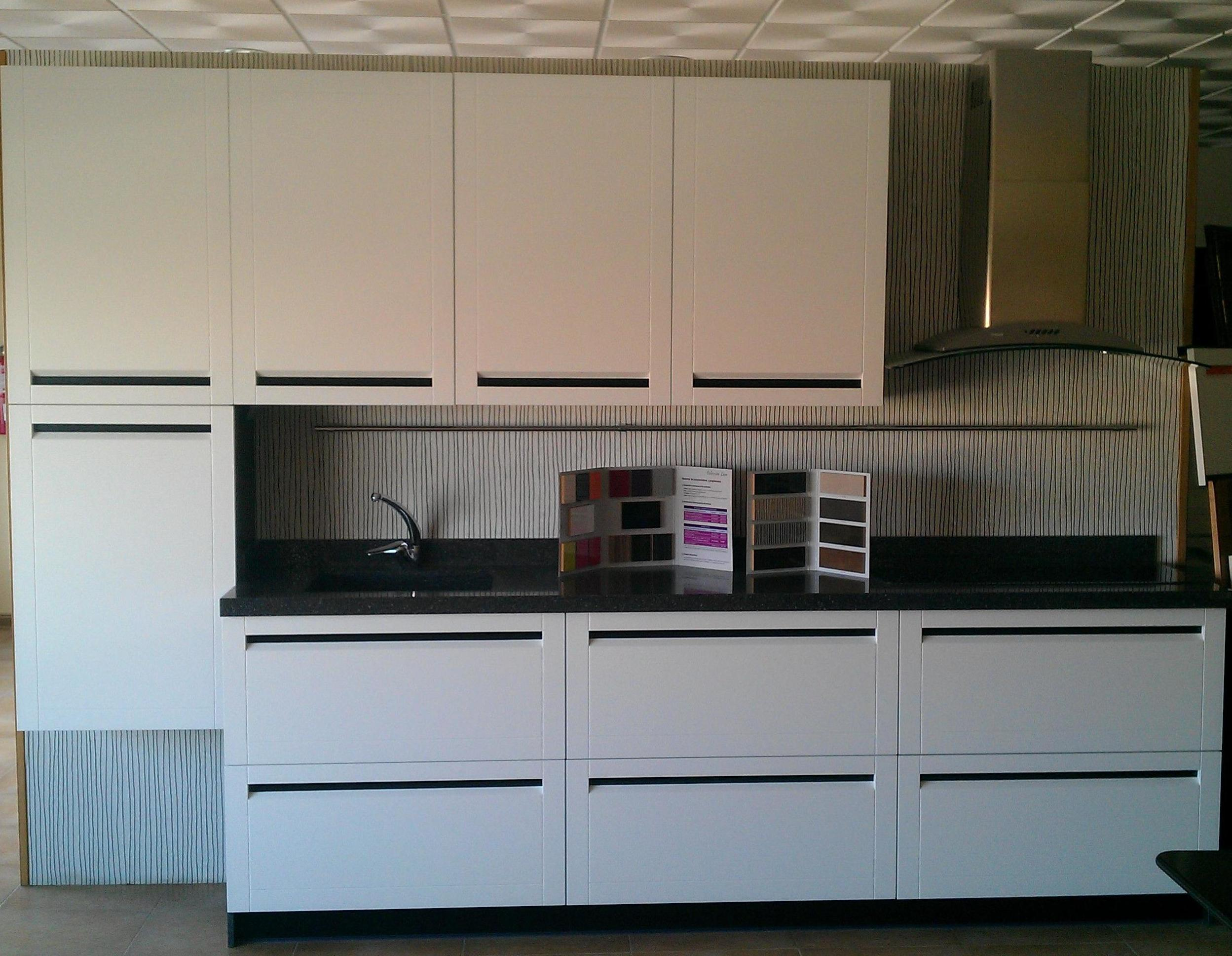 Muebles de cocina lacado modelo Bruselas