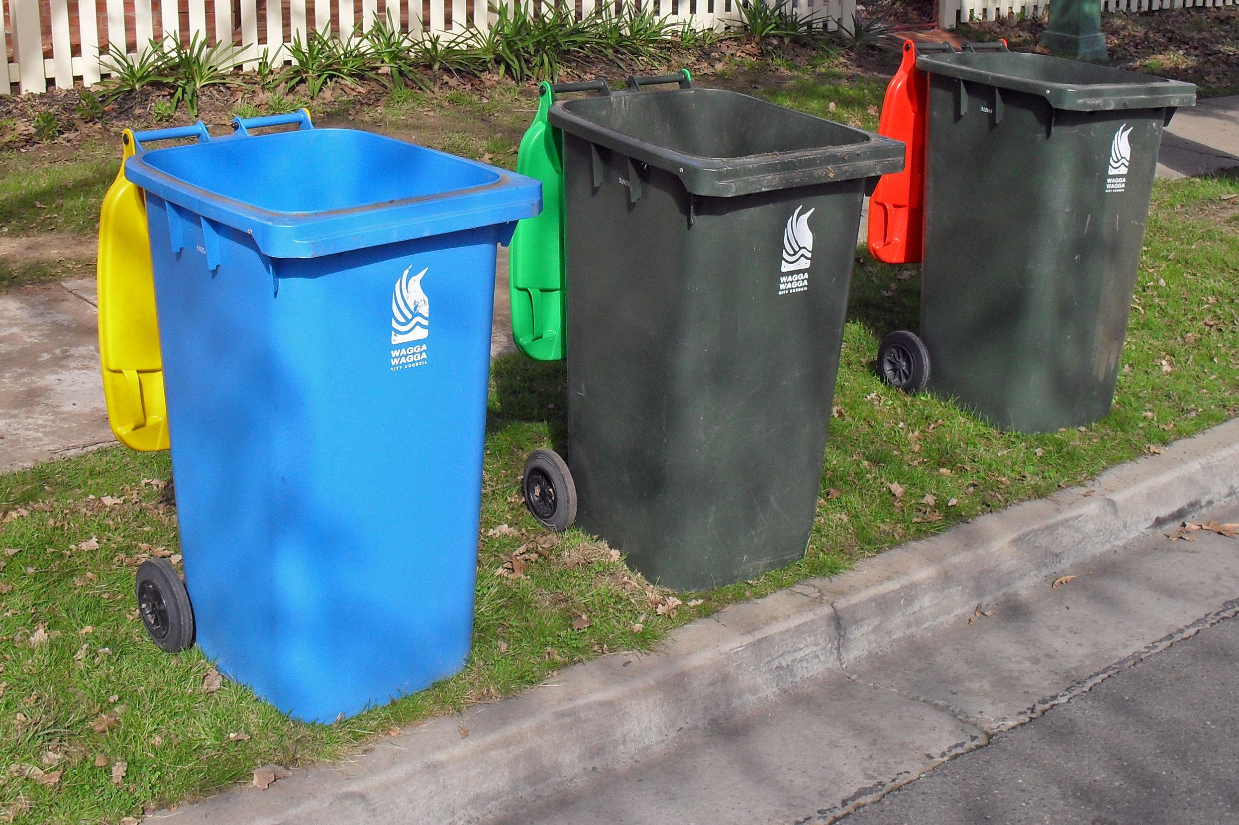 Recogida y limpiezas de cubos en Chamberí