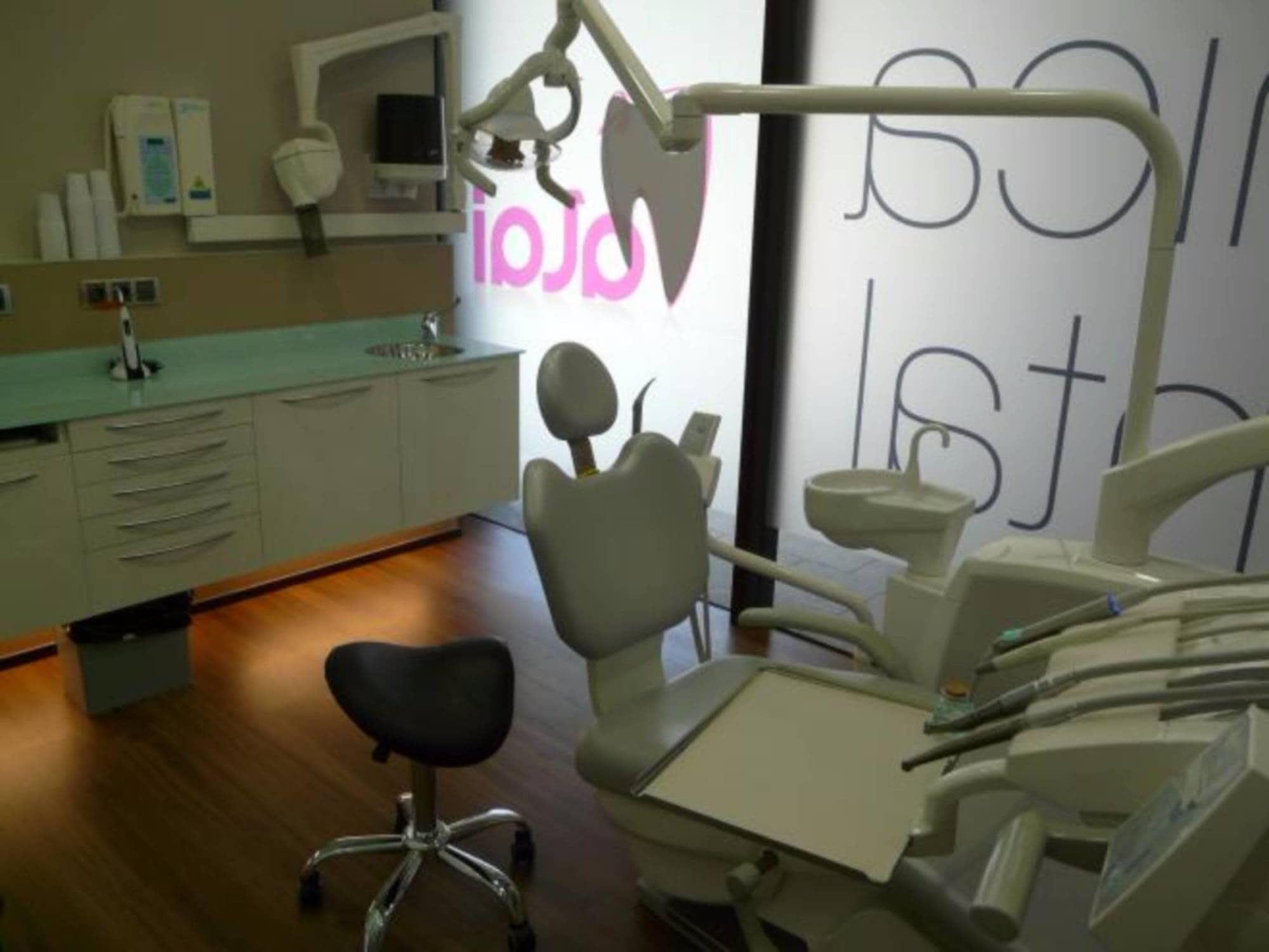 Foto 54 de Dentistas en  | Clínica Dental Alai