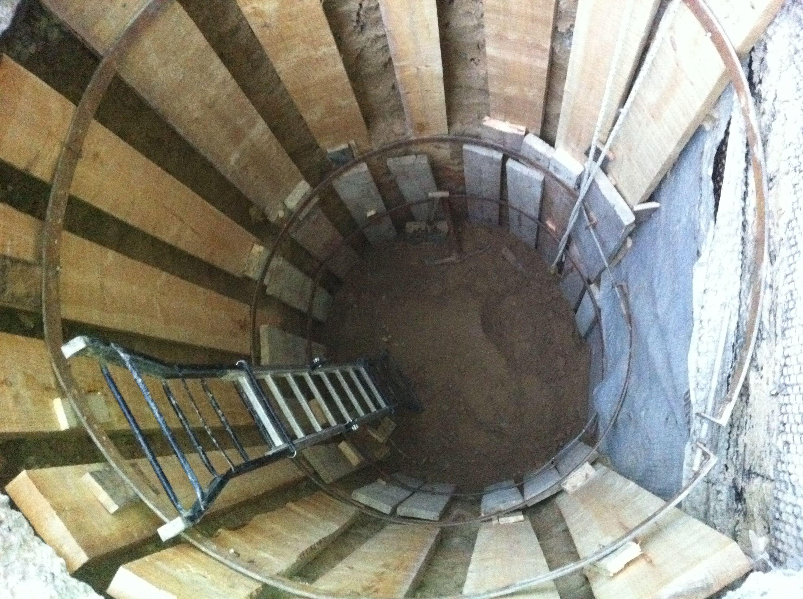 Empresa de reparación y construcción de pocería HIJON