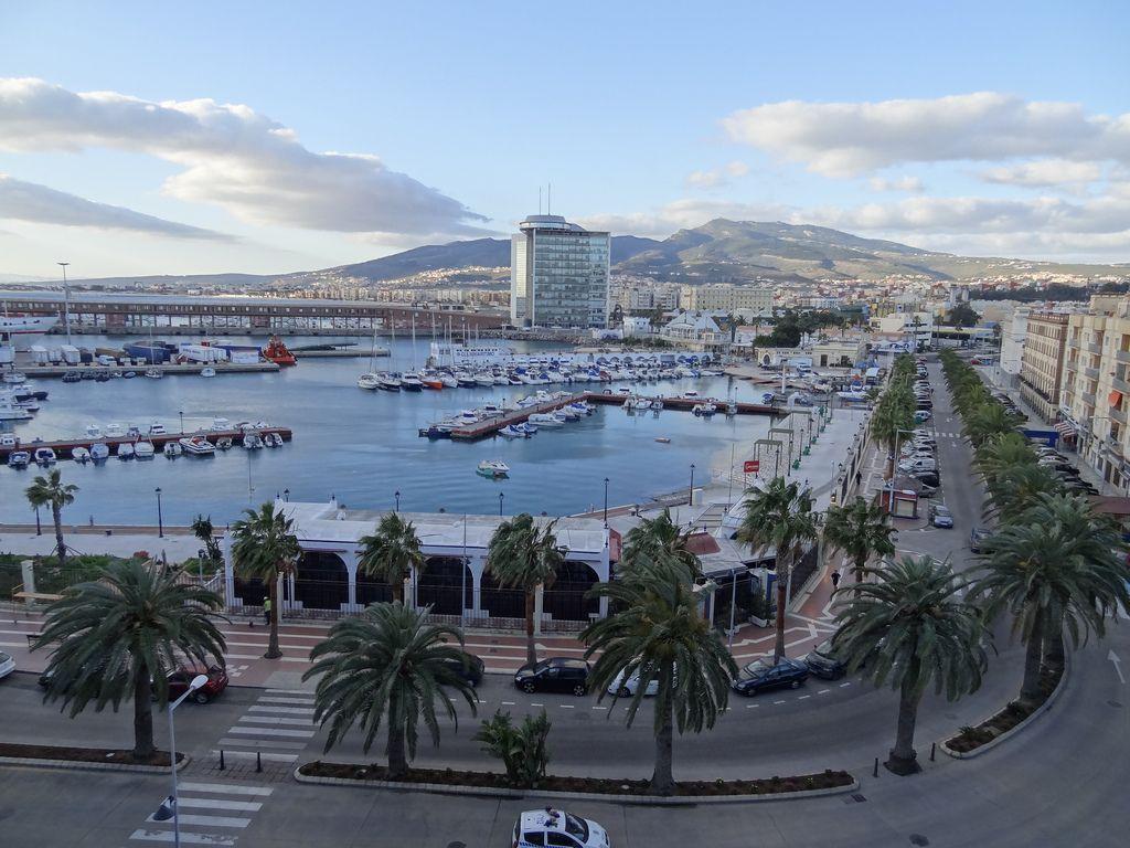 Excursiones Melilla y Marruecos: Servicios de Quatrocar Rent