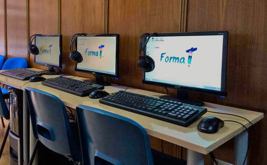 Clases de informática y mecanografía