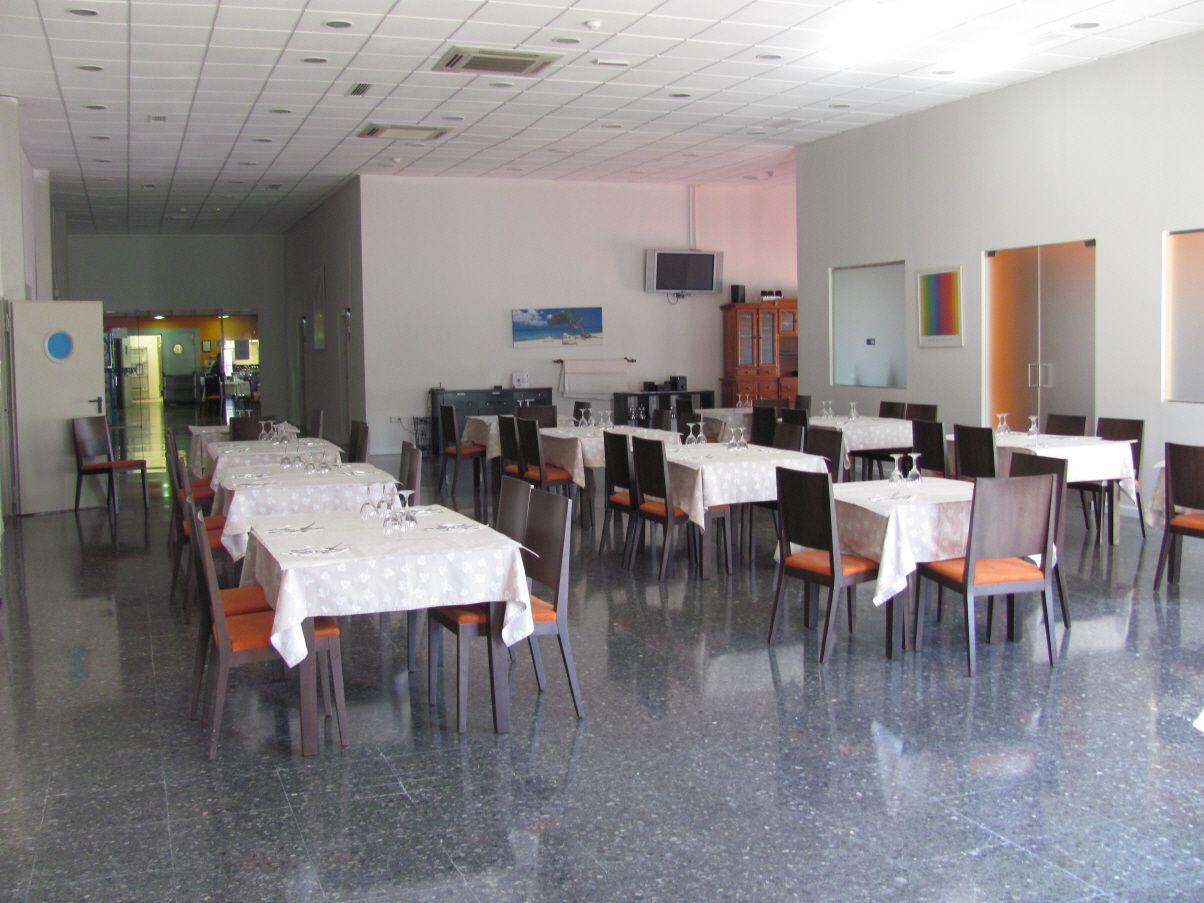 Restaurante con menú y carta en Alzira