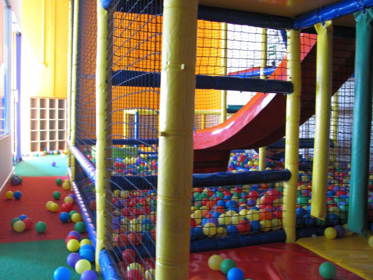 Restaurante con parque infantil en Alzira
