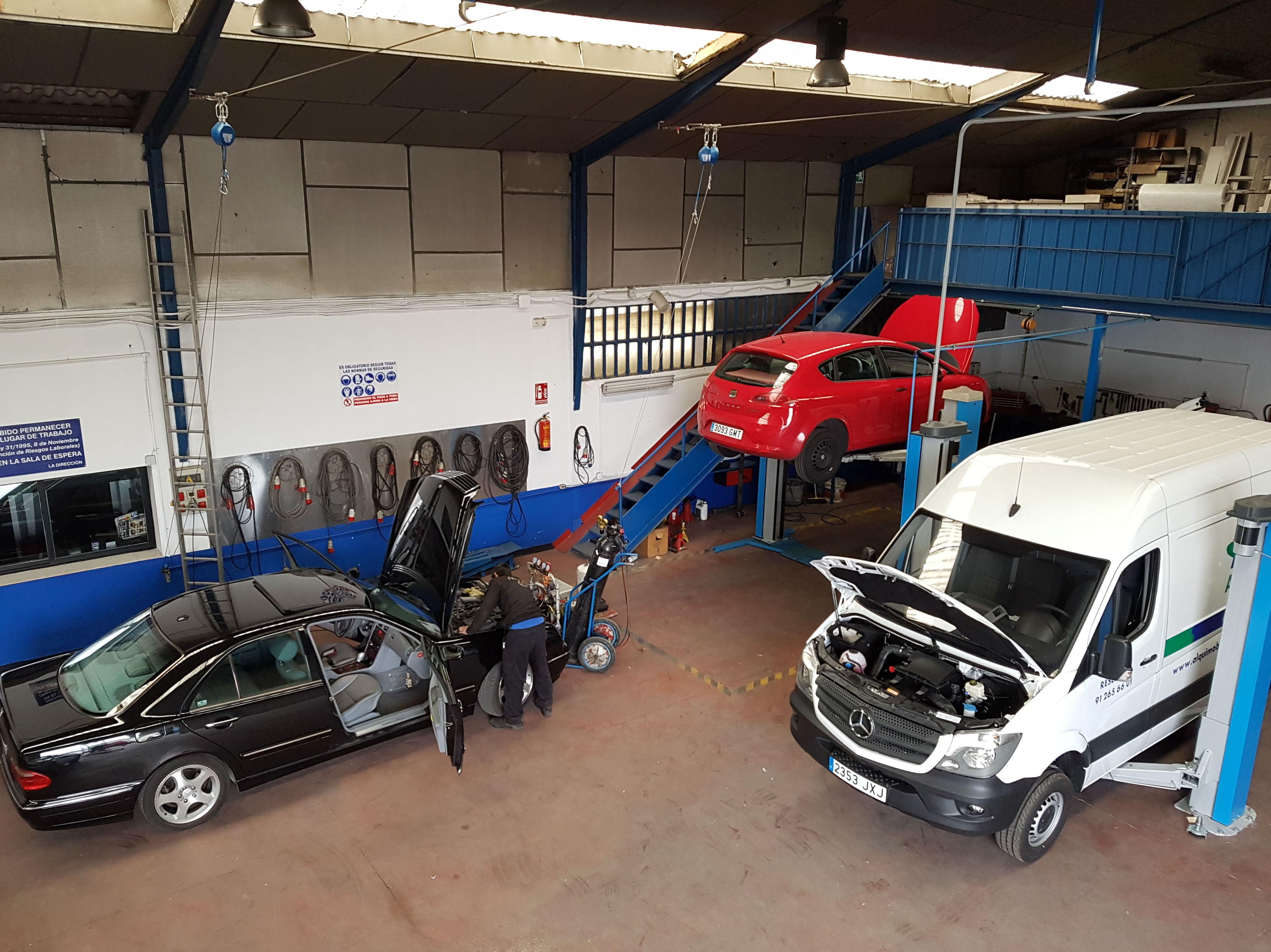 Reparación todo tipo de vehículo, grandes instalaciones para la mecánica