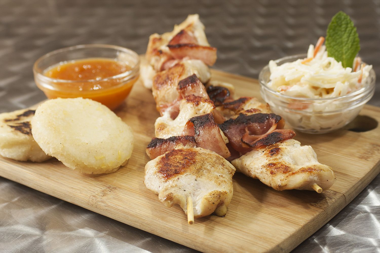Pincho de pollo con bacon