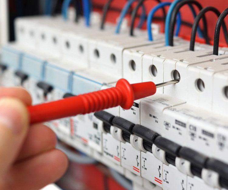 Mantenimientos eléctricos preventivos de baja tensión en Valencia
