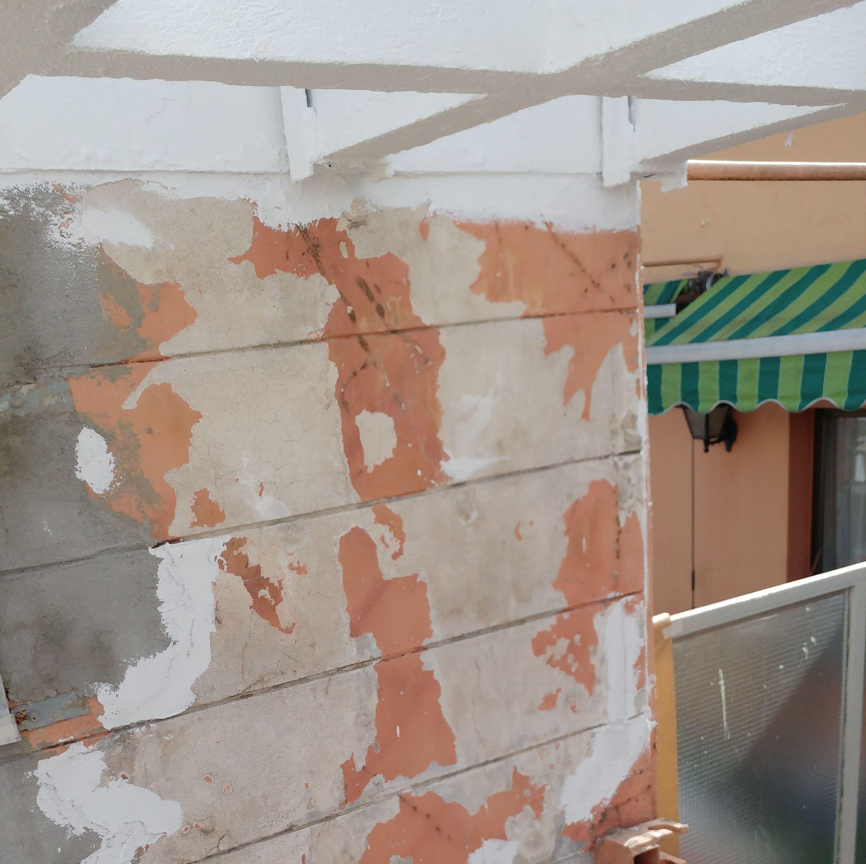 Estado de las pérgolas en un hotel del centro de Valladolid antes de su rehabilitación