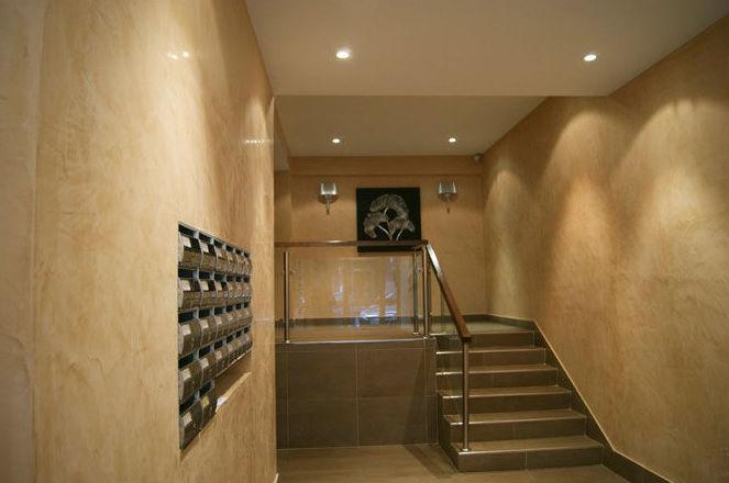 Mantenimiento de iluminación en portales