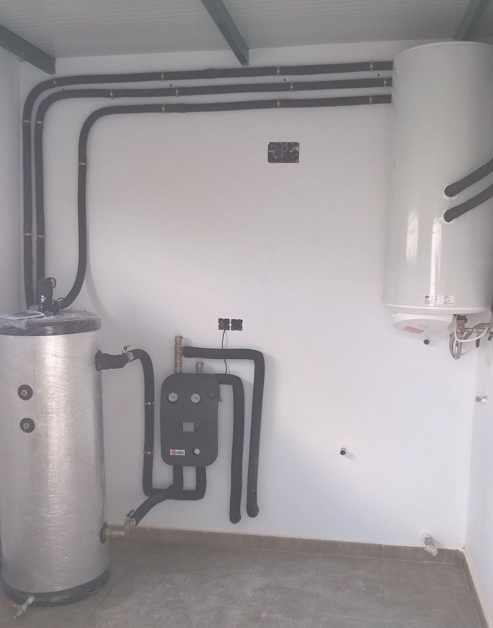 Instalacion de A.C.S. por acumulacion e inercia para suelo radiante.