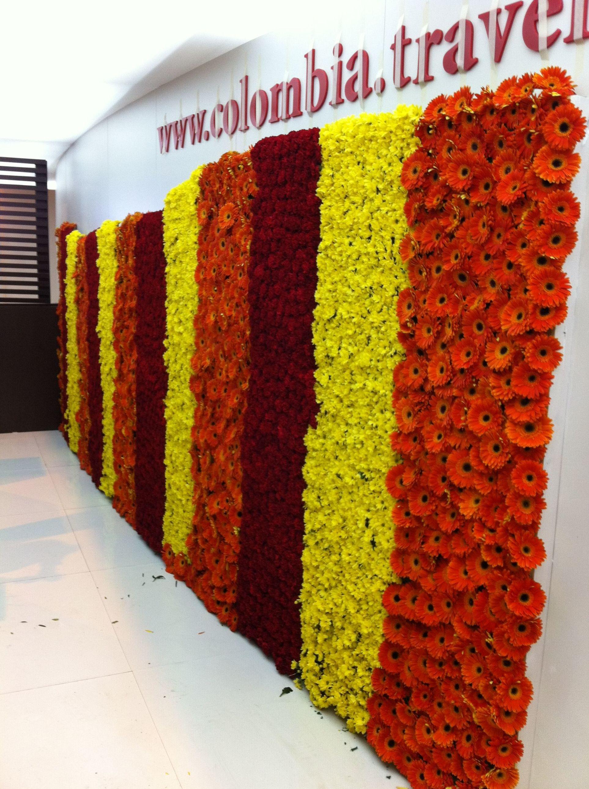 Jardín vertical de flores