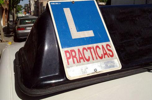 Permiso de conducción: clase B : Permisos  de Autoescuela El Puerto