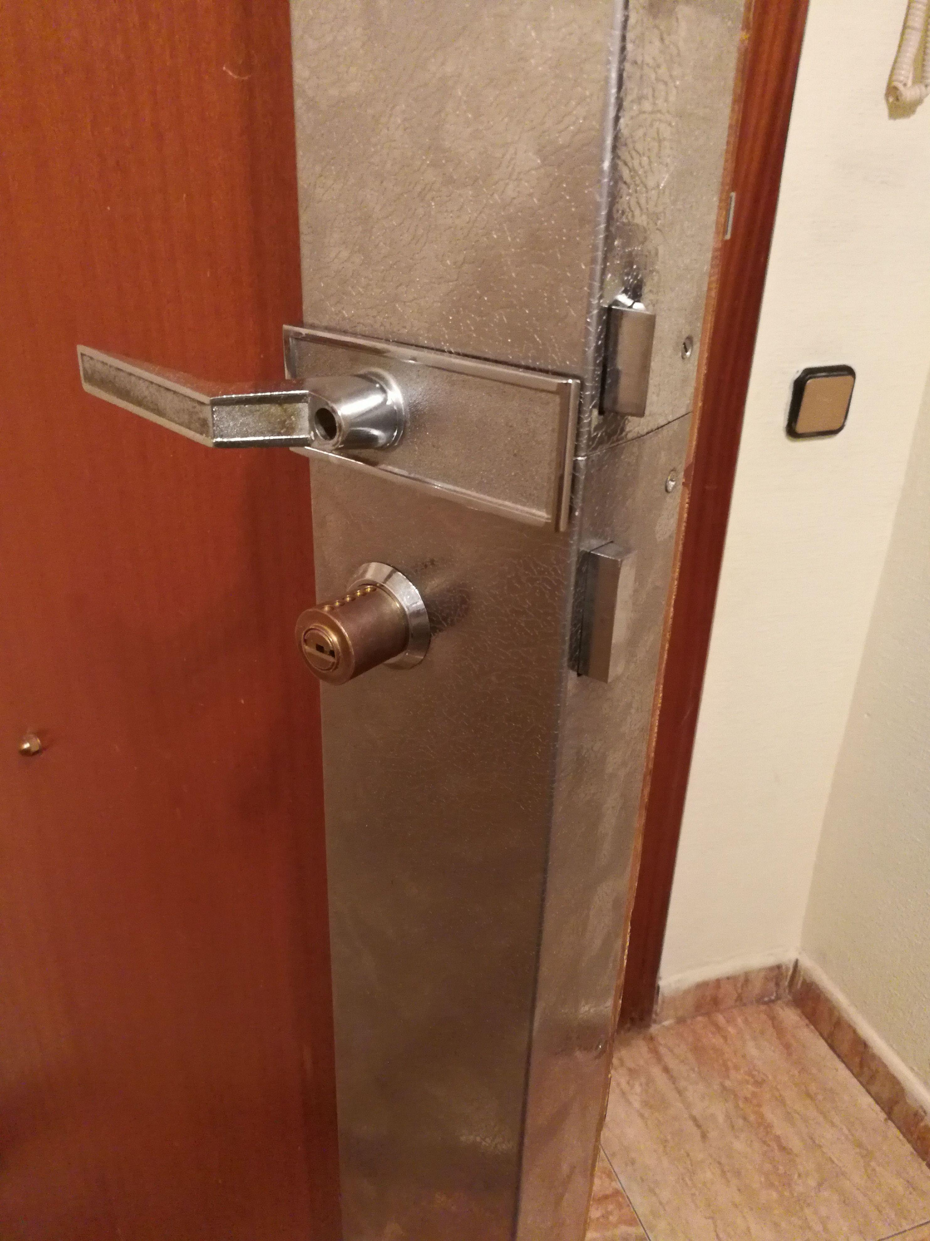 Reparación de cerradura fichet