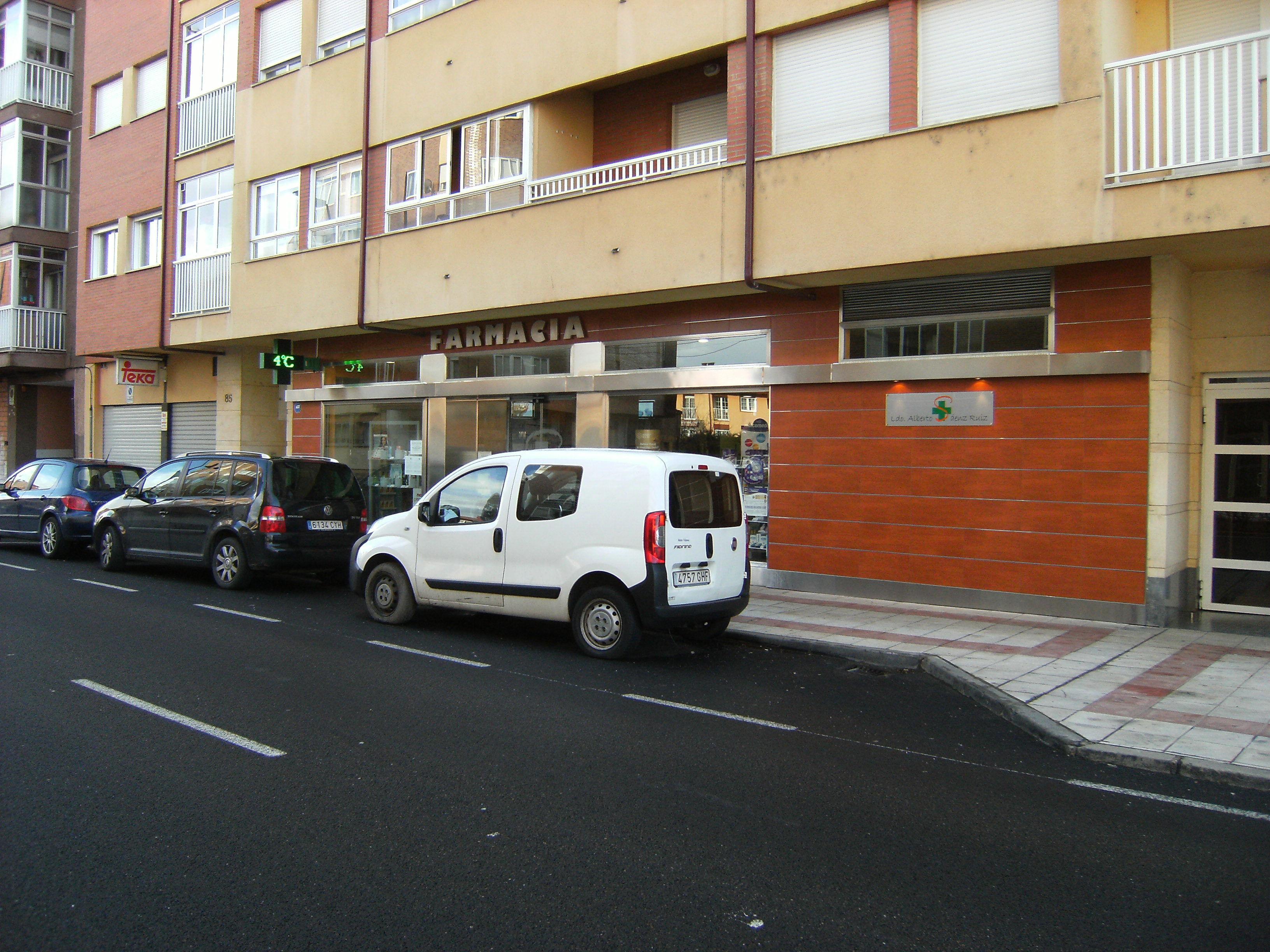 Foto 2 de Farmacias en San Andrés del Rabanedo | Farmacia Ldo. Alberto Sáenz Ruiz