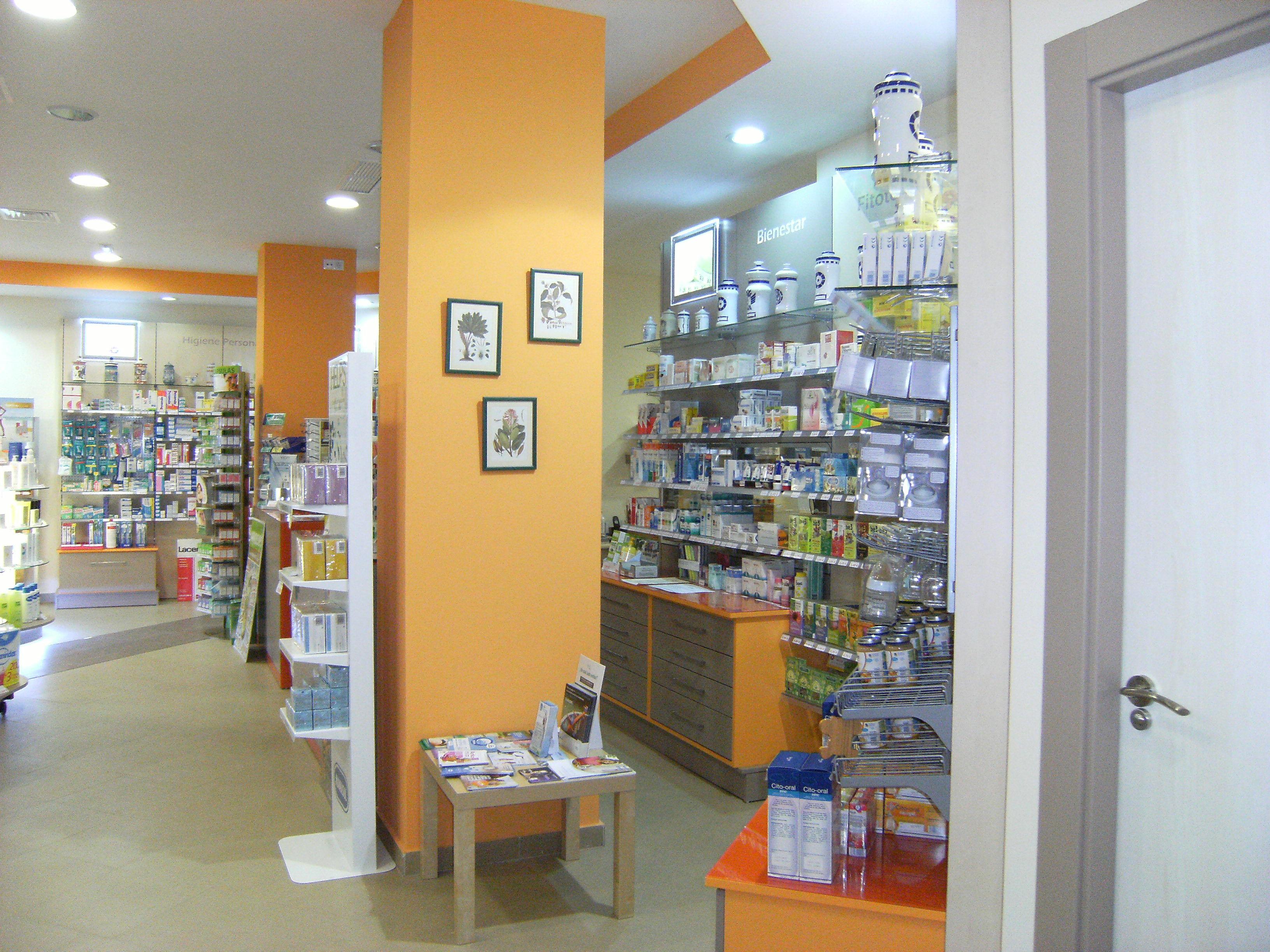 Foto 11 de Farmacias en San Andrés del Rabanedo | Farmacia Ldo. Alberto Sáenz Ruiz