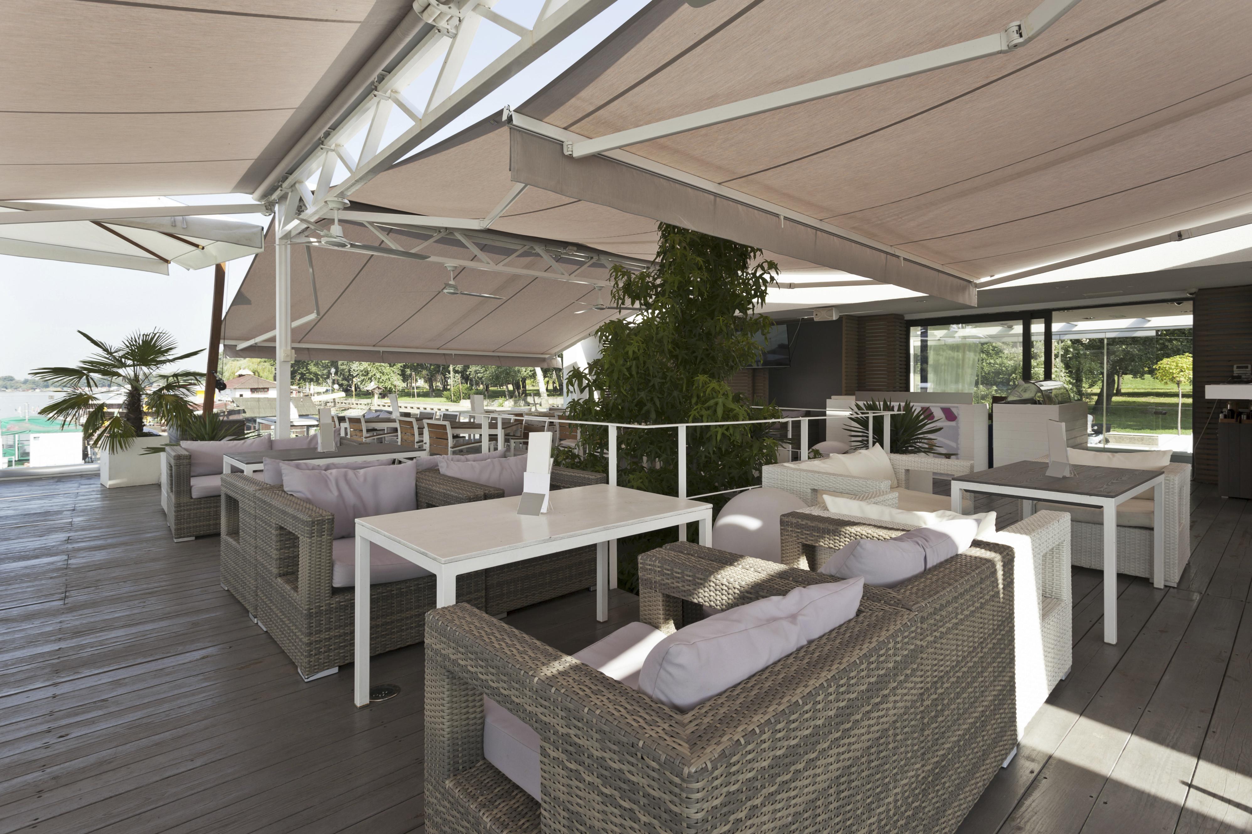 Instalación integral de toldos en terrazas