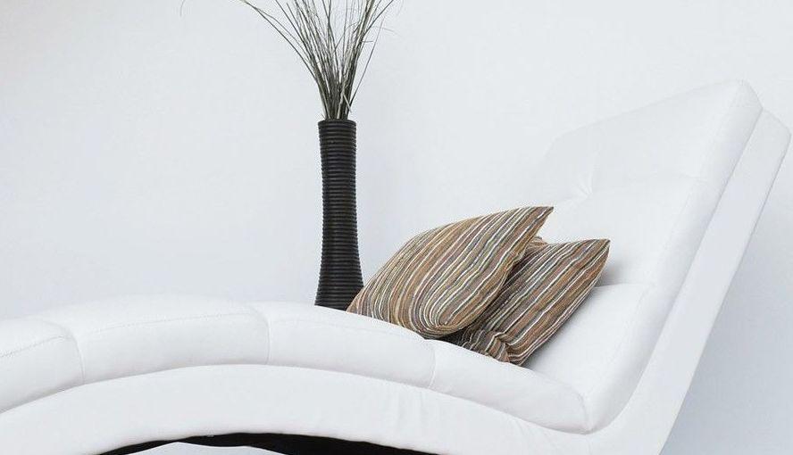 Limpieza de tapicerías: Servicios de Tintoreria Bugaderia Ninot