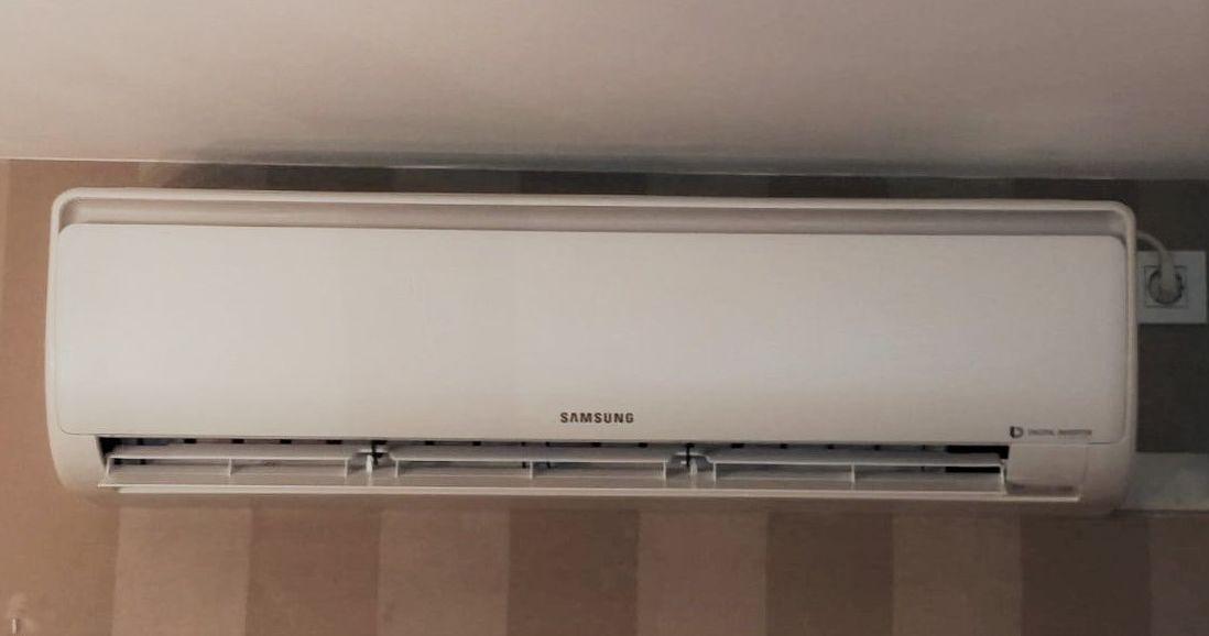 aire acondicionado split en comedor  ajustado