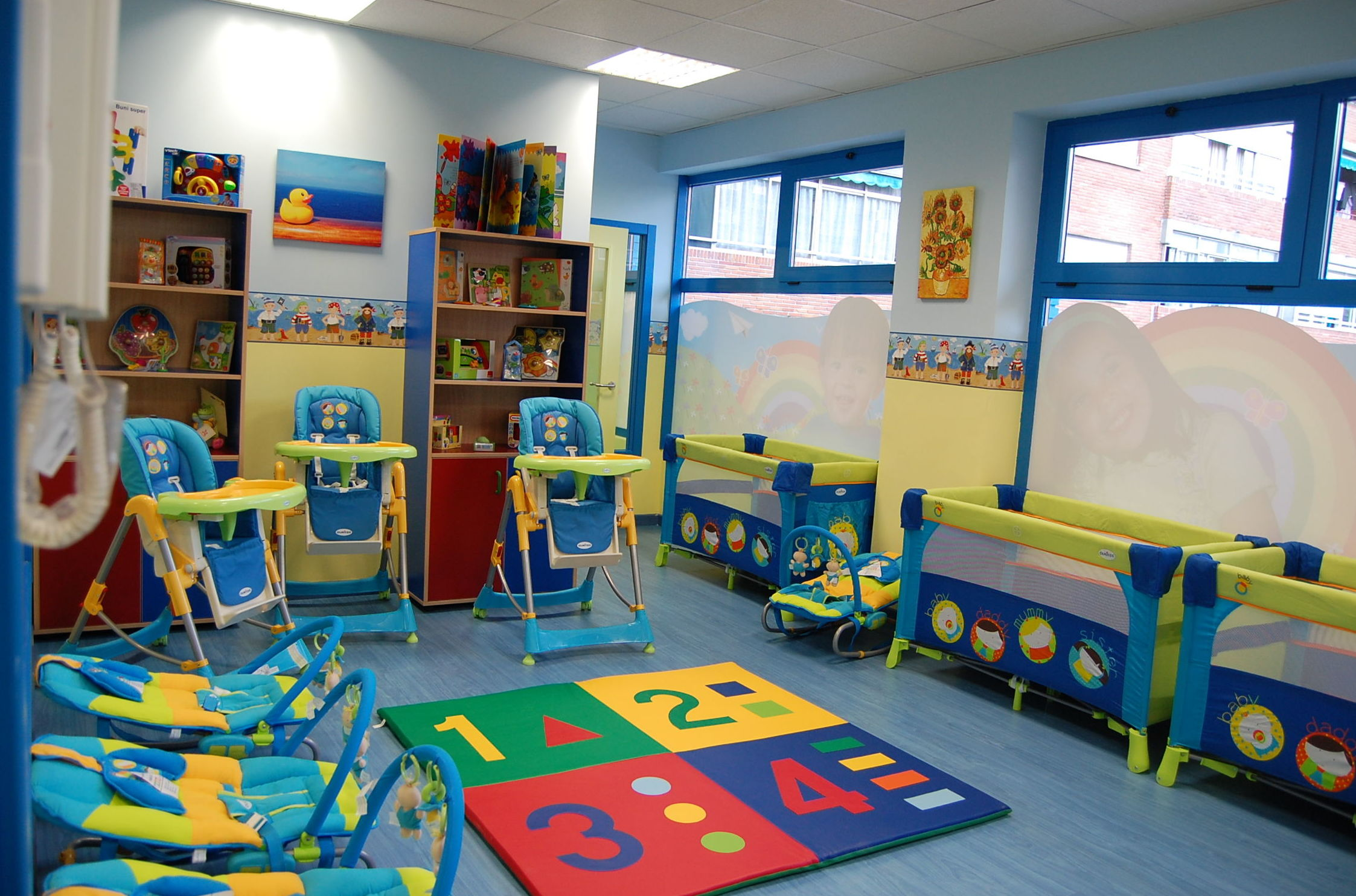 Foto 5 de Guarderías y Escuelas infantiles en Madrid | Peques School
