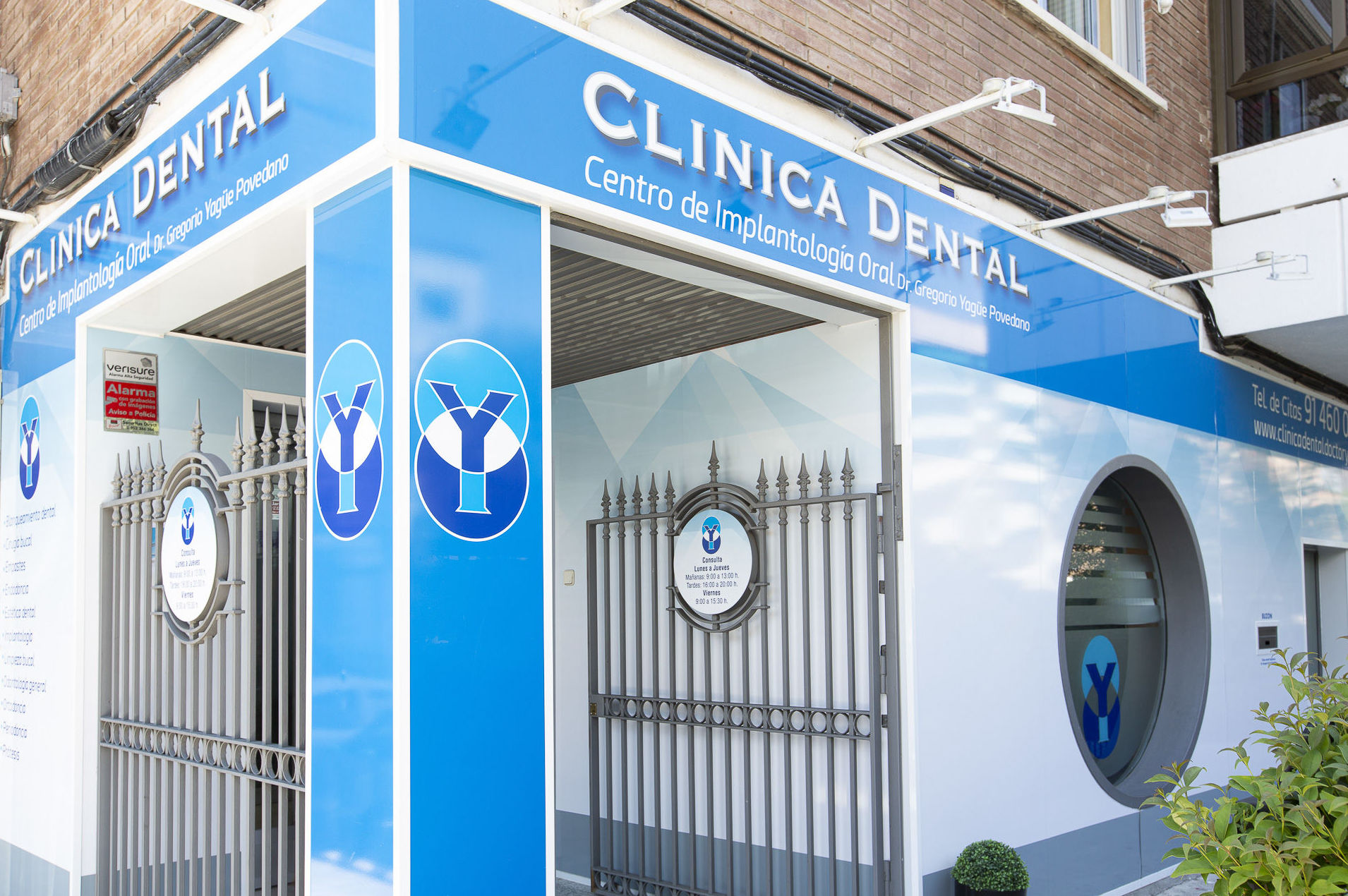 Foto 2 de Dentistas en  | Clínica Dental Dr. Yagüe