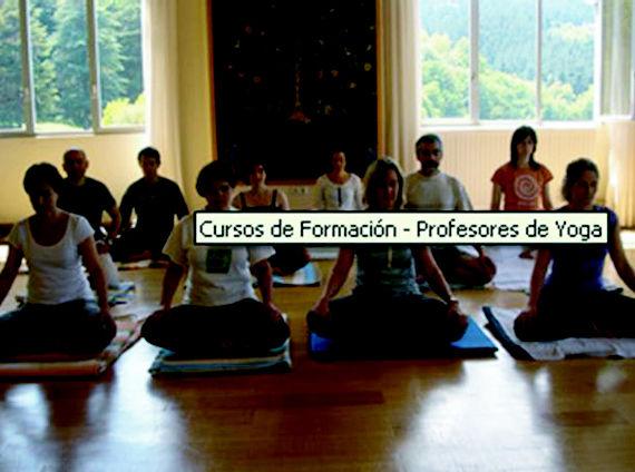 Foto 6 de Yoga en  | SAMATHA