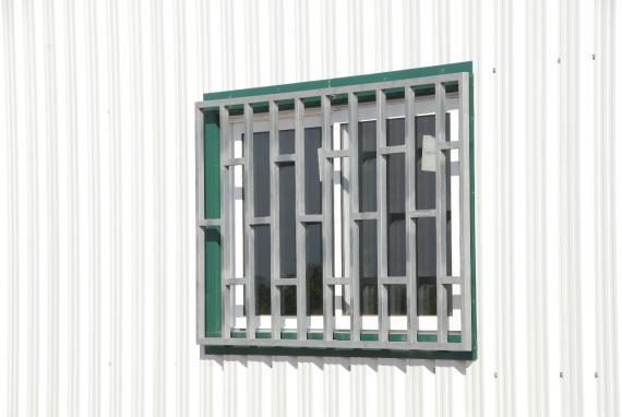 ventanas de nave de chapa