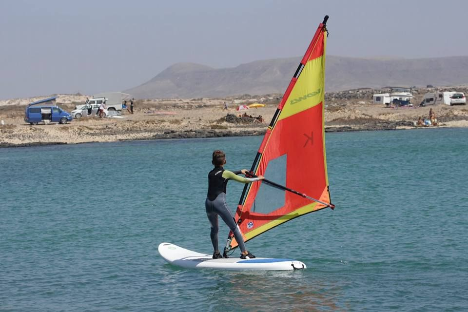 Windsurfing lessons for all ages in Fuerteventura