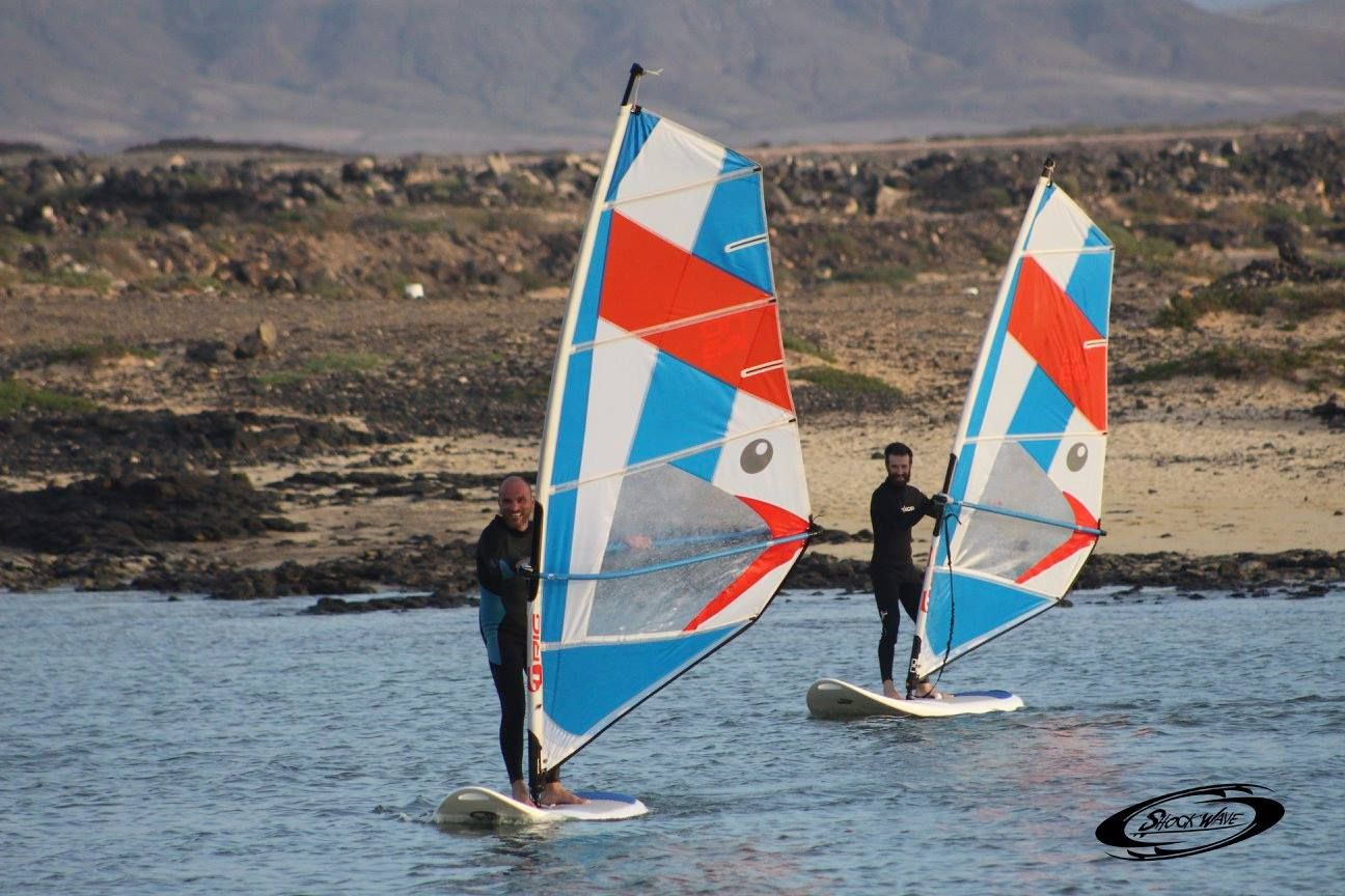 Windsurfing course for all levels in El Cotillo