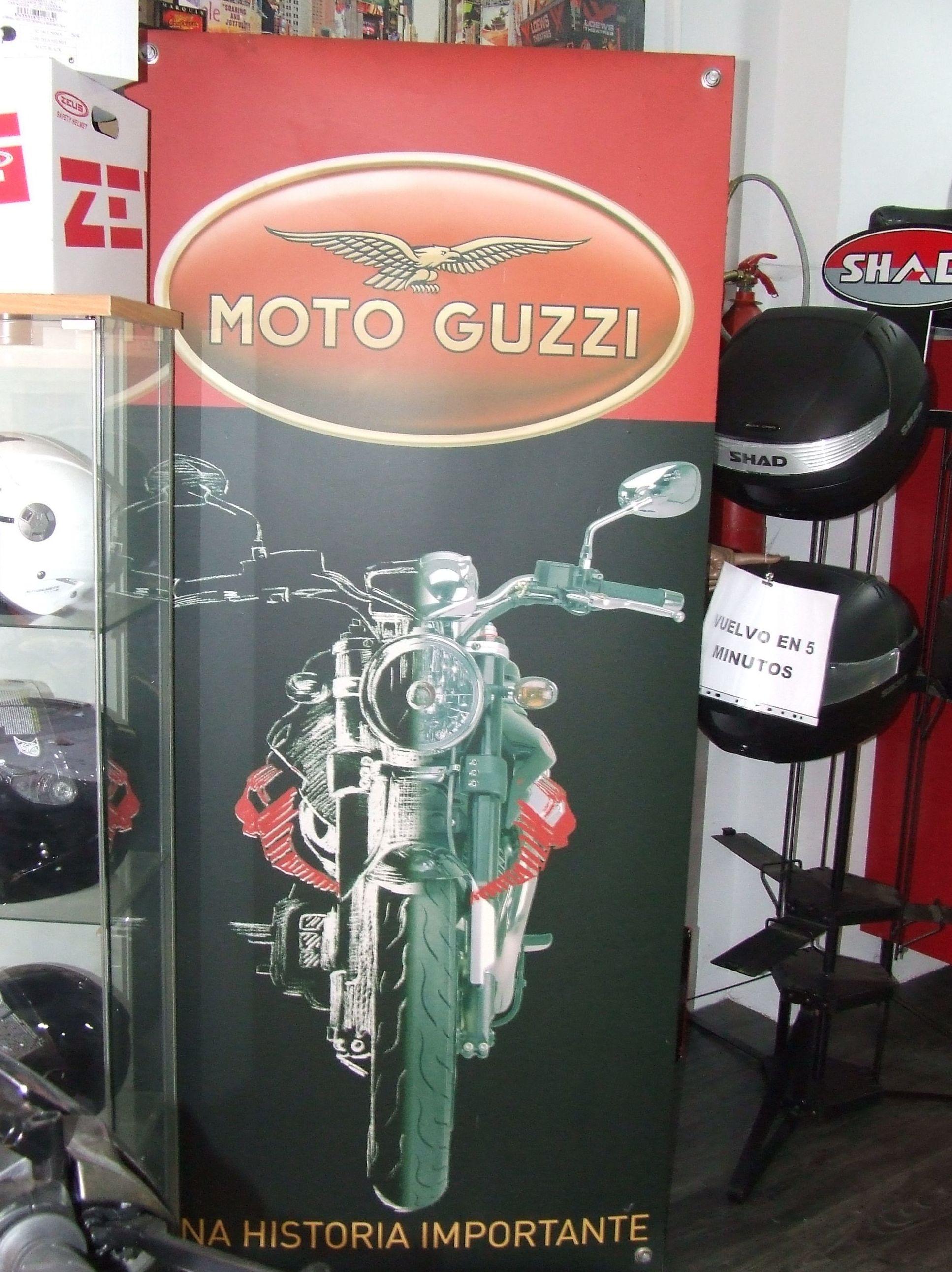 Restauración de moto italiana: Productos y servicios de Motos Cortés