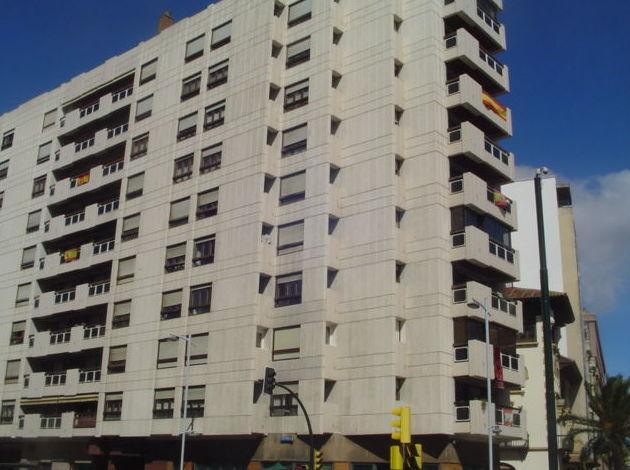 Avenida Goya 4 dormitorios para reformar