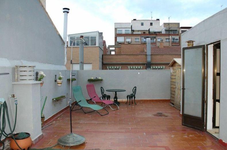 Casa independiente en Delicias calle Don Pedro de Luna. Pvp: 255.000 €