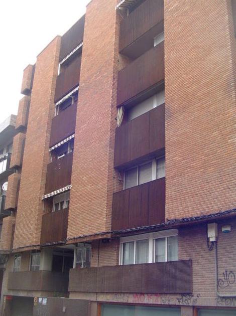 Sector Centro calle Cervantes 3 dormitorios para reformar