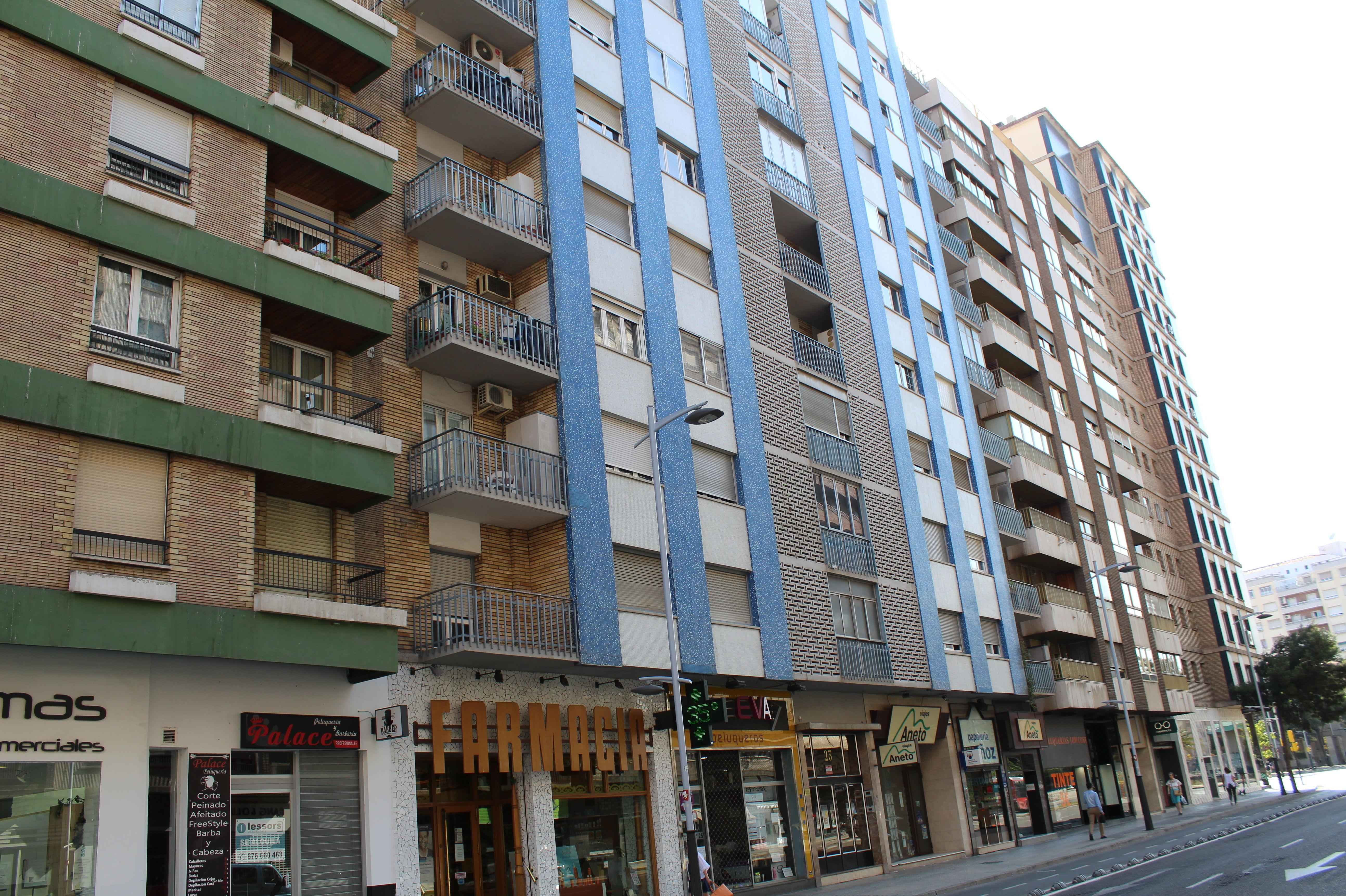 Sector Centro Avenida Goya 3 dormitorios 2 baños 90 metros utiles