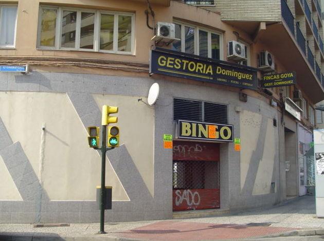 Avenida Tenor Fleta - Sector Centro, local esquinero. Precio Venta: 420.000 Euros.