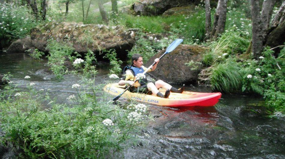 Rutas en Kayak por el cauce inicial de río Miño (Lugo)