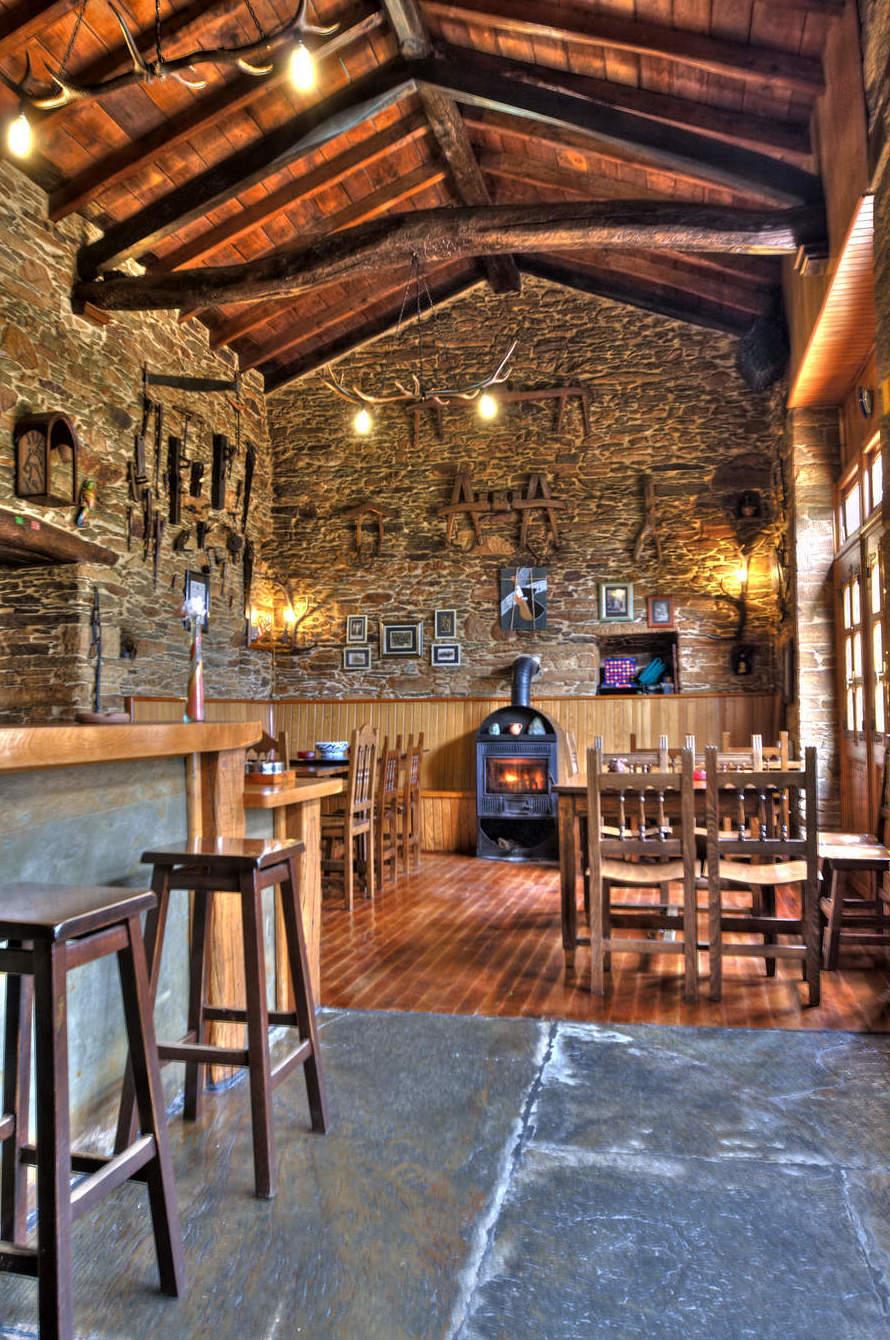 Taberna O´Cruceiro en Pastoriza (Lugo)