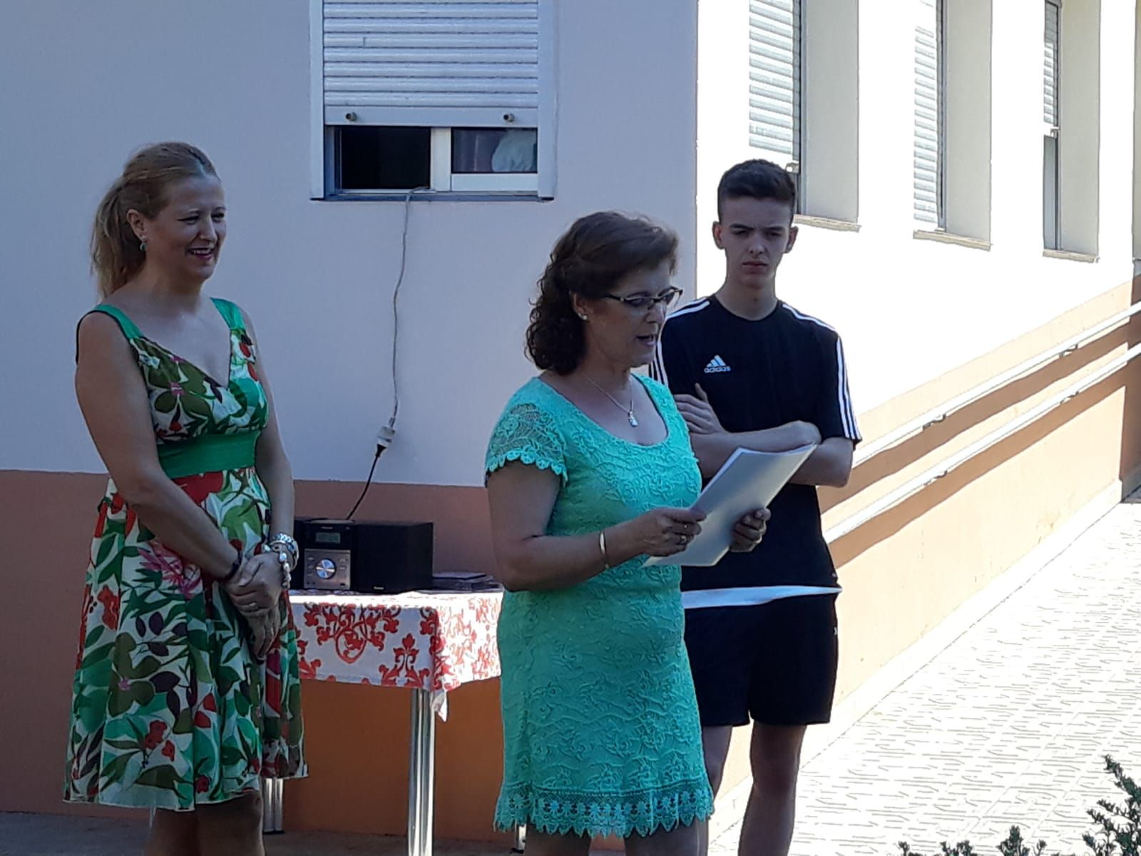Celebración del día del abuelo en Novoger
