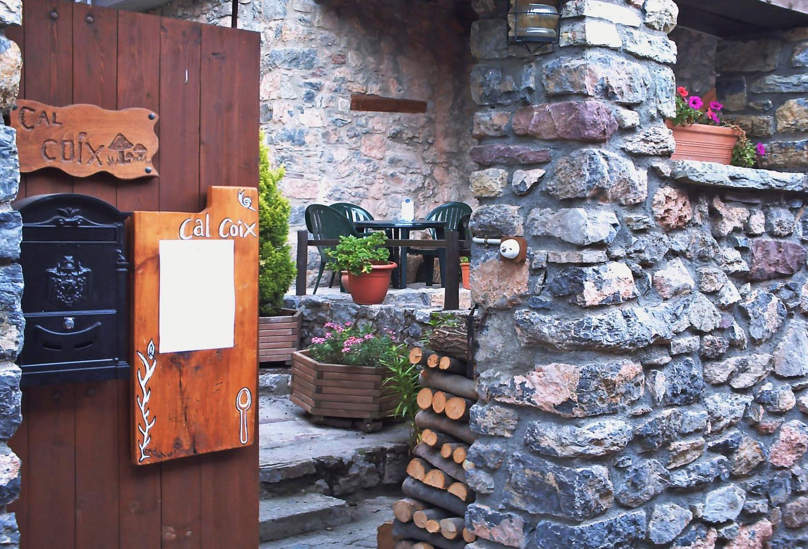 Restaurante Cal Coix - Entrada al restaurante