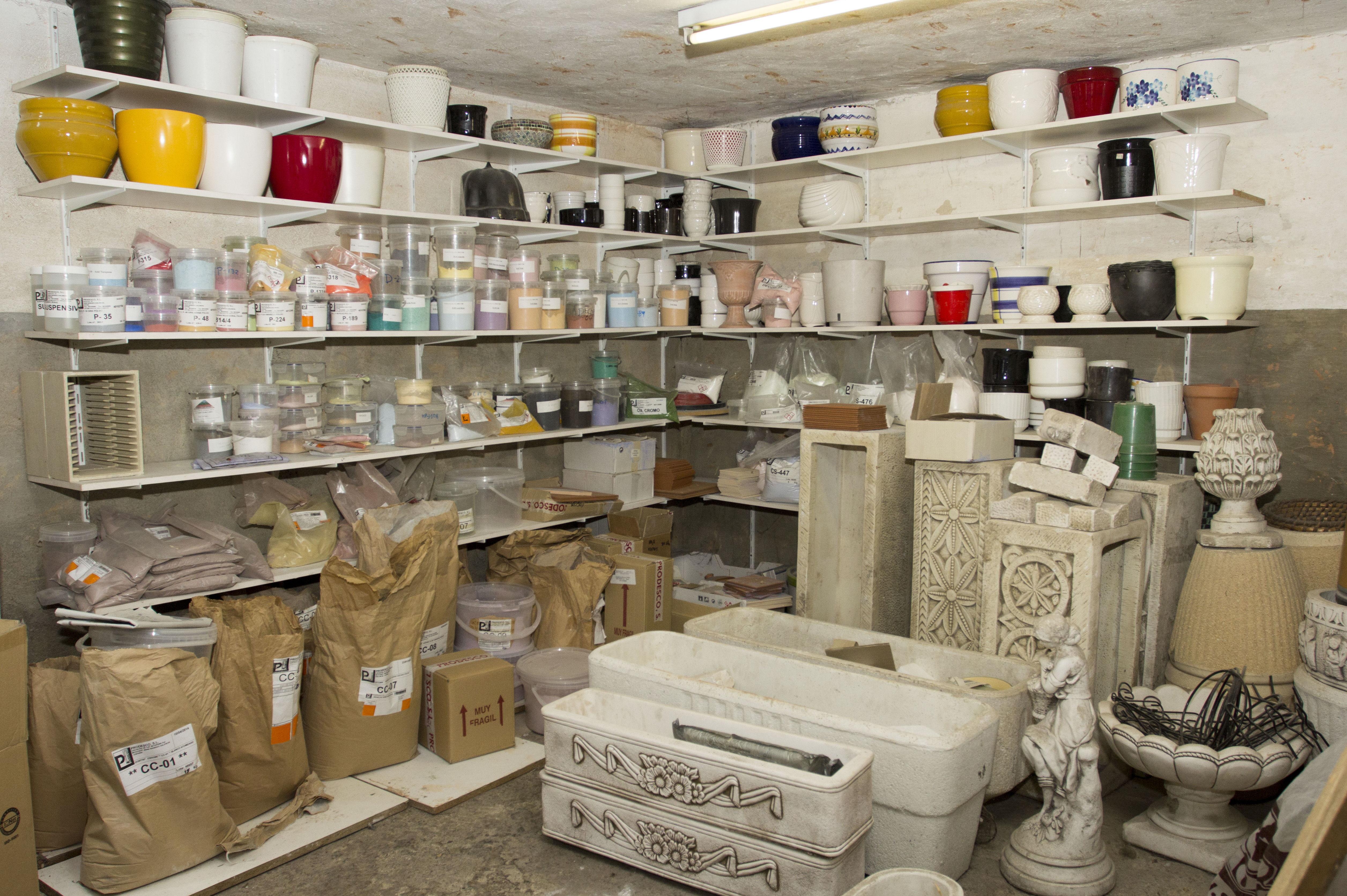Distribución de productos cerámicos en Vitoria-Gasteiz, Álava