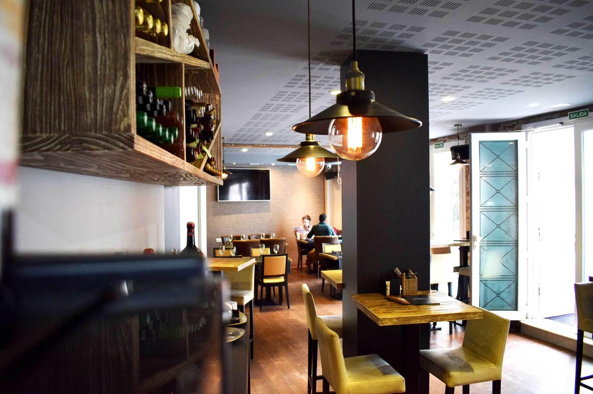Foto 1 de Cocina mediterránea en Almería | Restaurante Casco Antiguo