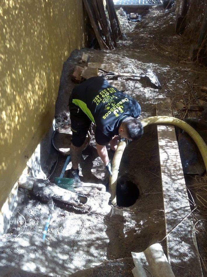 Empresa de desatascos urgente en Las Palmas 24 horas a su disposición.